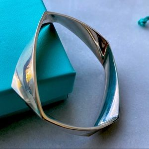 🛍 Tiffany & Co. Frank Gehry Torque Bangle 925